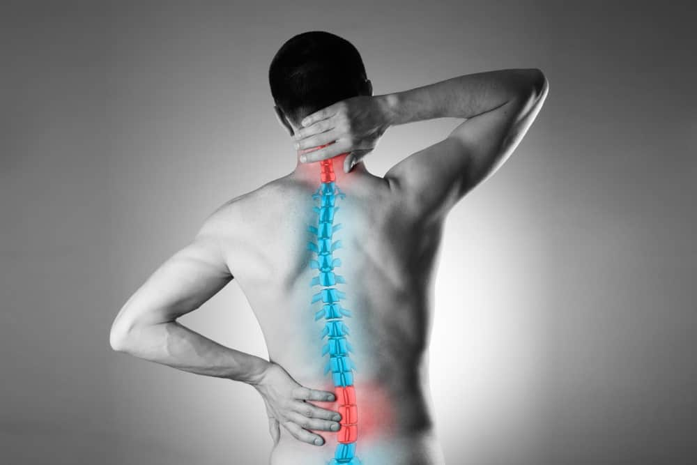 backpain-man-lower-neck