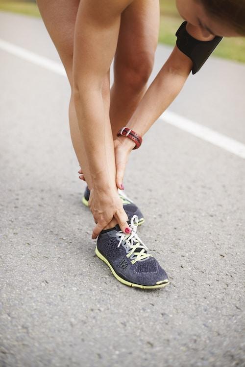 Why do my custom orthoticsfeel uncomfortable and hurt my feet?