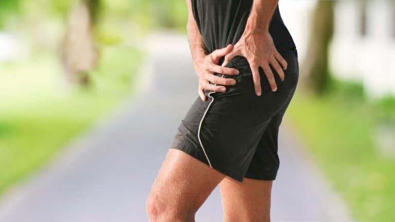 man-having-hip-pain-while-running